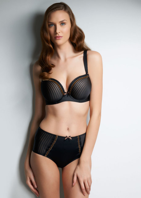 TAYLOR-BLACK-UNDERWIRED-MOULDED-PLUNGE-BRA-4971-HIGH-WAISTED-BRIEF-4975.jpg