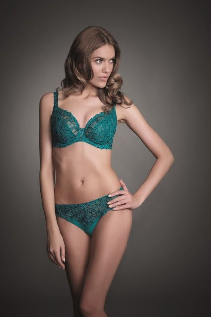 Chloe_Balcony_Thong_peacock blue.JPG