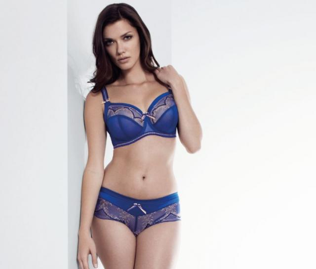 DELPHINE-SAPPHIRE-UNDERWIRED-FULL-CUP-BRA-SIDE-SUPPORT-0382-SHORT-0386-CONSUMER.jpg