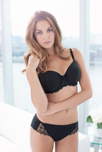 ECLIPSE-BLACK-UNDERWIRED-SPACER-MOULDED-BALCONY-BRA-9002-BRIEF-9005-CONSUMER.jpg