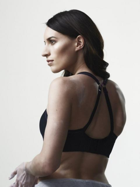 1-RGB-HR-Panache_Sport_Non_Wired_Sports Bra_7341_Racer_Back_Black_L.jpg